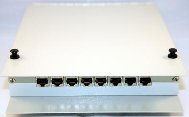 Cajas murales con capacidad para ocho módulos UTP/FTP